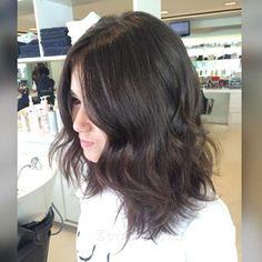 Vamos falar a verdade, a essa altura você provavelmente já considerou cortar o cabelo no ombro tipo long bob.   12 provas de que o long bob é o melhor corte de cabelo do mundo