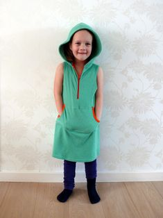 Hoodie dress for girls - free pattern