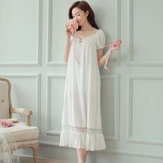 ffdceeec646 Hot Womens Long Sleeping Dress White Nightgown Short Sleeve Summer  Nightdress Elegant Vintage Nightgowns Home Dress