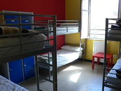 Buscas alojamiento para los primeros días al llegar a Bristol mientras una habitación en una casa definitivamente? Aquí tienes la lista de Hostels/Albergues de la ciudad de Bristol: YHA - Youth Hos...  http://bristolenos.com/2014/06/14/hostales-y-albergues-en-bristol/