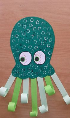 Creative crafts for children in every season Kinder basteln Kids Crafts, Daycare Crafts, Summer Crafts, Toddler Crafts, Creative Crafts, Octopus Crafts, Ocean Crafts, Diy Art Projects, Projects For Kids