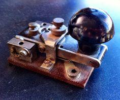 Vintage Pocket Straight Key (19??)