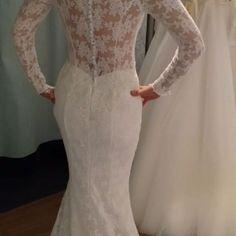 La Belle  2017 #La Belle 2017#labelle #lace #swarovskicrystals💎 #dress #weddingdress #wedding #bride #sukniaślubna #salonslubny #rzeszów #najpiekniejsza #pannamloda #slubne #design #handmade #white #bestdress #gown #bridal #bridalgown # handmade #cristal #Princessa #ślub #ślubna #suknia #myday #white#newcollection#rzeszów