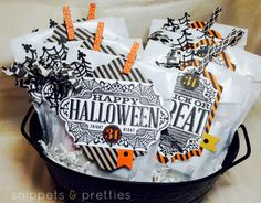 Snippets and Pretties- Look what you can make with the extra pieces from the Witching Decor kit! Yeah! More Halloween treat bags