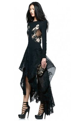 I'm Stealing The Thunder: Alexander McQueen Pre Fall/Winter 2010