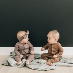 This picture also includes our head wrap and sage muslin quilt Cute Baby Twins, Twin Baby Boys, Cute Little Baby, Little Babies, Little Ones, Baby Kids, Boy Babies, Boy Girl Twins, Twin Babies Pictures