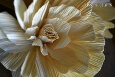 flowers made out of corn husks   Crissy's Crafts