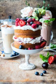 Berry cake by Irina_Meliukh from http://500px.com/photo/205031905 - Berry cake. More on dokonow.com.