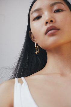 Clean Slate: Ling Chen by Nadia Ryder for Elle UK June 2017 #minimal