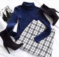vibes 🥂🖤 Search: Not So Clueless Skirt Shop Priceless ✨ - Kleidung Tumblr Outfits, Mode Outfits, Trendy Outfits, Black Outfits, Skirt Outfits, Look Fashion, Teen Fashion, Fashion Outfits, Womens Fashion