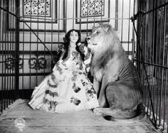Victorian Occupational Photography: Adjie the Lady Lion Tamer and one of her charges, ca. Old Circus, Night Circus, Vintage Circus Photos, Steampunk Circus, Lion Tamer, Circus Performers, Big Top, Macabre, Vintage Photography