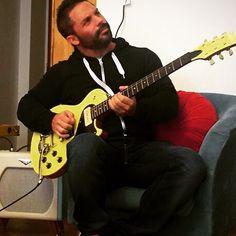 @martindagnese #martindagnese Martín D'Agnese Guitarrista Cantante