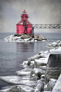 ✯ Sturgeon Bay Pierhead - Wisconsin  Save 90% Travel over Expedia. Save thousands over Expedias advertised BEST price!! https://hoverson.infusionsoft.com/go/grnret/joeblaze/
