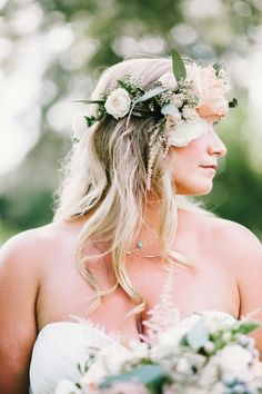 20 Timeless Wedding Hairstyles - MODwedding