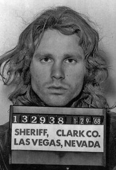 Historical picture of Jim Morrison in 1968 Rare Photos, Photos Du, Vintage Photos, Rock N Roll, Ray Manzarek, Famous People In History, Jimi Hendricks, Celebrity Mugshots, The Doors Jim Morrison
