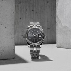 The Rhodium dial Datejust 41 in white Rolesor – a combination of 904L steel and 18ct white gold. Its crystal is made of virtually scratchproof sapphire. #Rolex #Datejust #101031