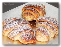 Jemné výborné croissanty s ořechovou náplní od Reny.