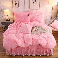 rose gold duvet - Queen / Duvets, Covers & Sets / Bedding: Home & Kitchen Pink Bedding Set, Bedding Sets, Pink Bedrooms, Girls Bedroom, Bedroom Décor, Pink Dorm Rooms, Room Girls, Room Ideas Bedroom, Pink Bedroom Decor