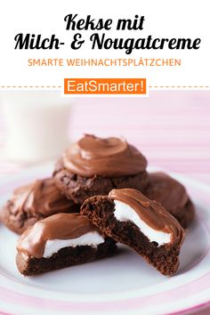 Kekse mit Milch- und Nougatcreme Cookies with milk and nougat cream – smarter – calories: 257 kcal – time: 1 hour eatsmarter. Pumpkin Spice Cupcakes, Eat Smarter, Cookies And Cream, Cream Recipes, Finger Foods, Food And Drink, Sweets, Snacks, Dishes