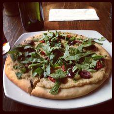 Cafe Flora and Pizza Pi are on the list. Hummus Pizza, Seattle Food, Vegan Cafe, Vegan Restaurants, Vegetable Pizza, Plum, Vegan Recipes, Vegetarian, Ethnic Recipes