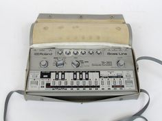 MATRIXSYNTH: Roland TB-303 Bass Line Synthesizer with Gig Bag