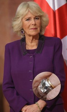 The Duchess of Cornwall and her engagement ring. A family heirloom, it was reportedly given to the Queen Mother in 1926 on the occasion of the birth of her daughter, Queen Elizabeth. Monaco Princess, Princess Sofia Of Sweden, Princess Victoria Of Sweden, Crown Princess Victoria, Royal Brides, Royal Weddings, Royal Engagement Rings, Wedding Rings, Zara Looks