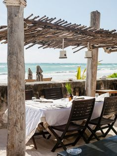 Beach Patio | La Beℓℓe ℳystère