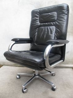 MARIANI FOR PACE COLLECTION EXECUTIVE ARMCHAIR: IN THE 1987 FILM WALL STREET, THE INFAMOUS CHARACTER GORDON GEKKO USED THE EXACT CHAIR (BUT IN RED) IN HIS OFFICE.