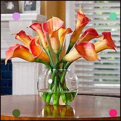 Accent your room décor with our beautiful silk Calla & Day Lily flower arrangement - handcrafted beauty at Petals. Silk Floral Arrangements, Artificial Flower Arrangements, Artificial Flowers, Silk Flower Bouquets, Silk Flowers, Floral Flowers, Fabric Flowers, Calla Lily Centerpieces, Cheap Wedding Flowers
