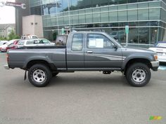 1994 Pickup SR5 V6 Extended Cab 4x4 - Dark Gray Metallic / Gray photo #1 Toyota Pickup 4x4, Toyota Tacoma 4x4, Toyota Trucks, Lifted Ford Trucks, Toyota Hilux, Pickup Trucks, Pick Up 4x4, Sport Truck, Truck Mods
