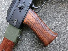 aohate custom! SAW type wood AK grip for TM NextGenereation AKs AEG
