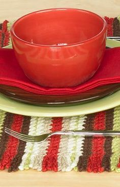 Crochet Placemat Free Pattern from Red Heart Yarns