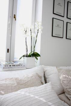 White | Scandinavian | Bedroom | @andwhatelse