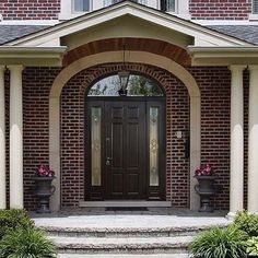 / Doors with stained glass: accessory or practical elements? Stained Glass, Garage Doors, Usa, Outdoor Decor, Blog, Home Decor, Homemade Home Decor, Stained Glass Windows, Blogging