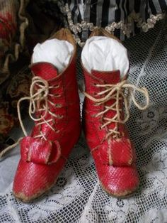Wonderful Early Red Boots for Fashion Doll Wonderful Early Red Boots for Fashion Doll Baby Doll Shoes, Cute Baby Shoes, Victorian Dolls, Vintage Dolls, Old Shoes, Red Boots, Doll Costume, Childrens Shoes, Antique Toys