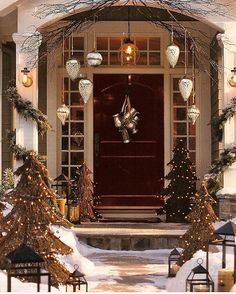 poll time do you put up your christmas decorations before or after thanksgiving - When Is The Best Time To Put Up Christmas Decorations