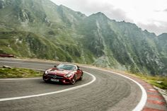 Test with Mercedes-AMG GT S. The AMG division is shifting philosophy, providing a model in the conventional segment of sports cars. Mercedes Amg Gt S, Full Throttle