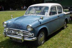 Bromley Pageant of Motoring Norman Park, Bromley, Kent June 2017 Classic Cars British, British Car, Cat Hammock, Car Badges, Morris Minor, Vintage Cars, Vintage Items, Truck Design, Automotive Photography