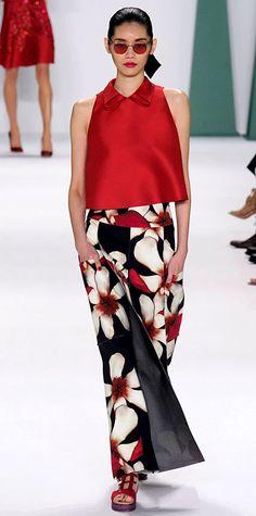 Carolina Herrera: Runway Looks We Love: New York Fashion Week - Spring/Summer 2015 from Floral Fashion, Love Fashion, High Fashion, Fashion Show, Fashion Looks, Fashion Design, Carolina Herrera, Moda Floral, Belle Silhouette