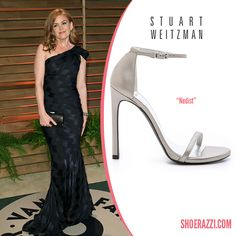 Isla Fisher wore Stuart Weitzman Nudist sandals to the 2014 Vanity Fair Oscar Party. continue reading →