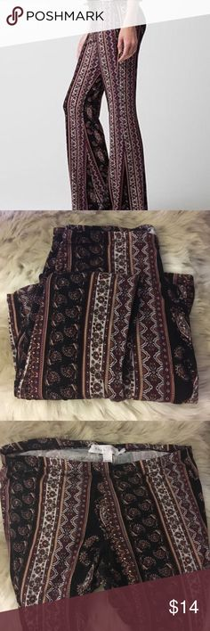 Full tilt boho print stretch bell bottoms Extremely comfy full tilt boho print bell bottoms. V stretchy and does wonders for the booty. Only worn once but washed a couple of times. #bohemian #tribal #gypsy #festival #highwaist #70s #hippie #leggings #flowy #summer #tillys #pacsun #chic #tillys #paisley #bells #pants #leggings 30 waist 37 long Full Tilt Pants Leggings