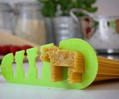 Have you ever been so hungry you feel like you could eat a horse?! Well obviously that's not going to happen, but you could have a horse-sized portion with this spaghetti measuring tool! It tells you exactly how much pasta you need for men, women and children, or if your feeding four people at once.