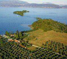 Ferienwohnungen im Bauernhof La Breda in San Felice del Benaco. Die Lage liegt bestens für Familienurlaub inmitten Natur und am Gardasee