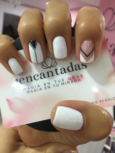50 Elegant Nail Art Designs For Women 2019 - Page 34 of 50 - Chic Hostess Fun Nails, Pretty Nails, Elegant Nail Art, Best Nail Art Designs, Perfect Nails, Nail Polish Colors, White Nails, Nails Inspiration, Beauty Nails
