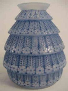 1019 R. Lalique Vase Ferrieres