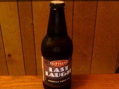 Cerveja Last Laugh, estilo Witbier, produzida por Choc Beer, Estados Unidos. 5% ABV de álcool.