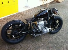 Bobber BMW R80 via Addict MotorcycleMore bikes here.