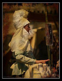 La vendedora de cerámica | Flickr - Photo Sharing!