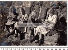 Clovelly Devon Young Girls Knitting - Social History Vintage Original Photograph