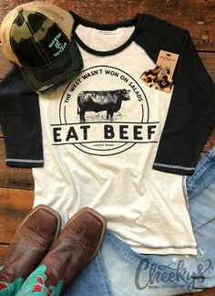 Eat Beef to the core. Our are Joy comes from dusty hard work, and knowing they are keeping traditions alive. Country Style Outfits, Country Casual, Country Girl Style, Rodeo Outfits, Western Outfits, Cool Outfits, Western Boots, Western Chic, Western Dresses